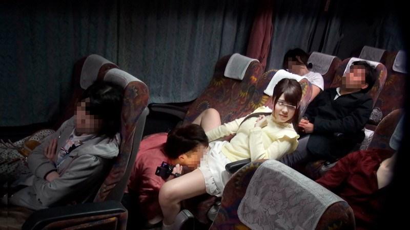 一般男女モニタリングAV 夜行バスでハメ撮りSEXに挑戦!