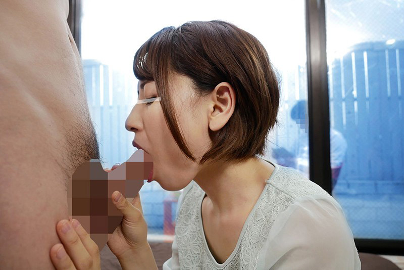 一般男女モニタリングAV 美人な奥様が連続ごっくん 画像 2