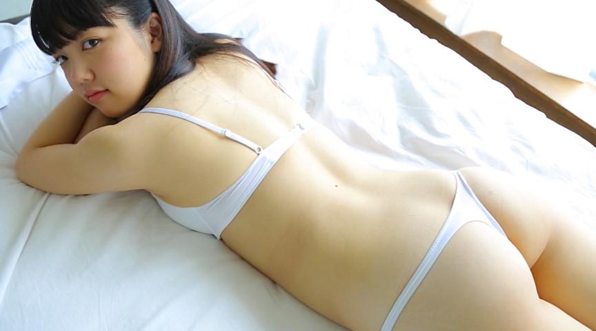 『全力黒髪少女 堀田くるみ』のサンプル画像です