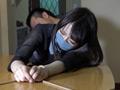 杏&くるみ 襲われた女のサムネイルエロ画像No.9