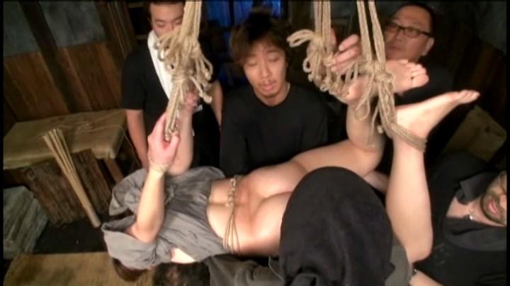 縄・女囚拷問 七咲楓花 画像 15