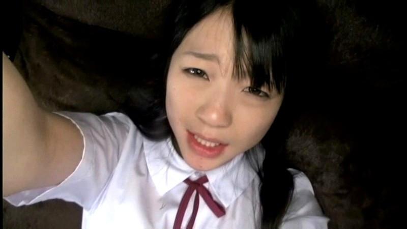 少女の自画撮りセックス 南梨央奈 画像 3