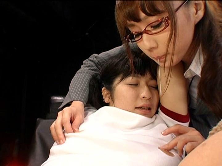 強制レズ 放課後女性徒狩り 吉沢みなみ 神崎レオナのサンプル画像5