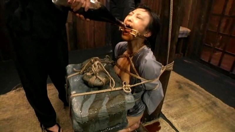 ゴールドTOHJIROレーベル・ベスト1 縄狂い・拷問の世界 画像 19