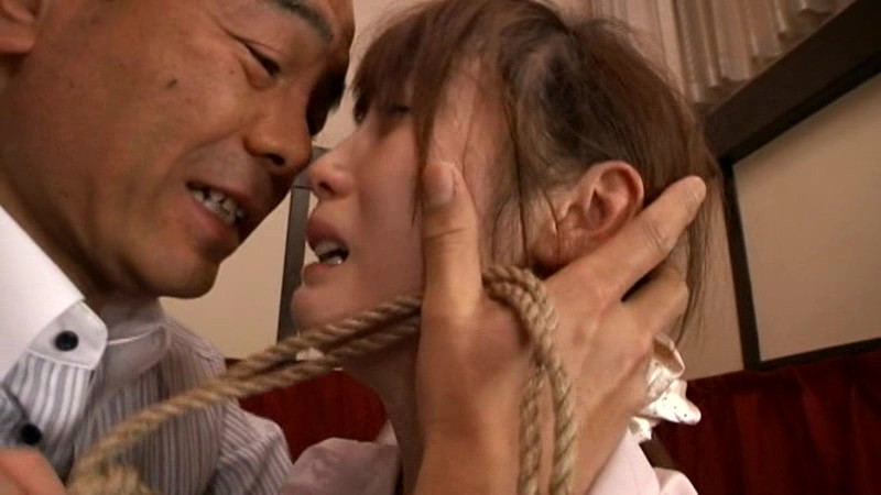 拷問屋敷 被虐の家政婦 樹花凜 画像 15