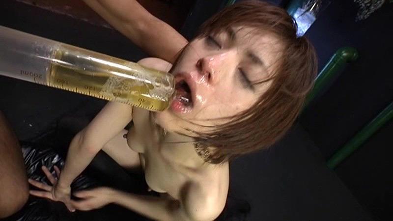 TOHJIRO全集 vol.10 強制飲尿・小便ぶっかけ 画像 20