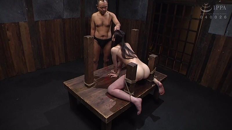 串刺し拷問 葉月桃サムネイル08