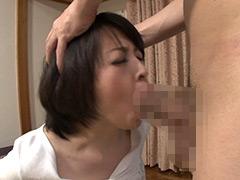 両手でがっちりホールド喉奥レ×プ フル勃起デカマラで美熟女の口を犯しつくすマシンガンイラマ 50人8時間