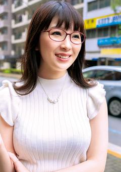 【あいみ動画】眼鏡美女奥さま。ノリ良い感じがエロになると豹変! -熟女
