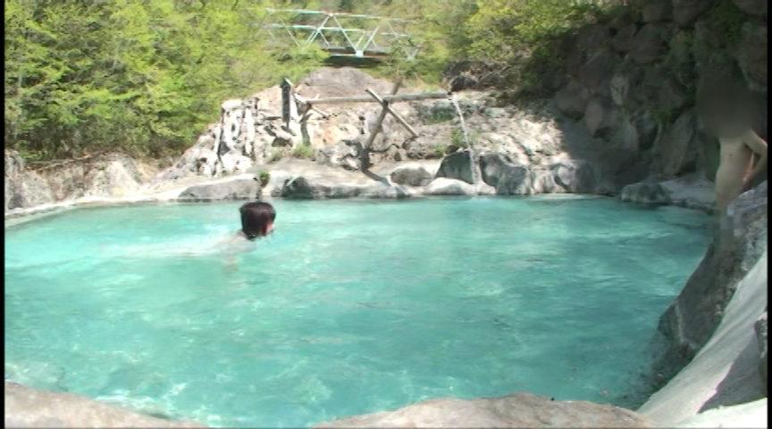 援交娘と混浴温泉旅行のサンプル画像10