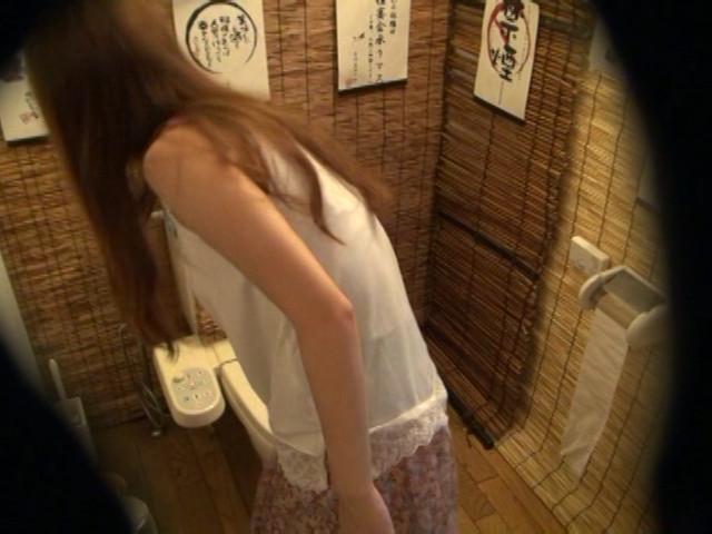 居酒屋トイレ盗撮 欲情便所 [五]のサンプル画像