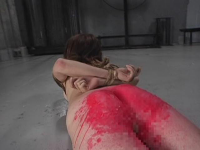 ザ・蝋責め鞭打ち大乱交のサンプル画像3