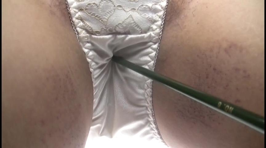 本人自薦 巨乳デブ熟女の臭いパンティ 画像 3