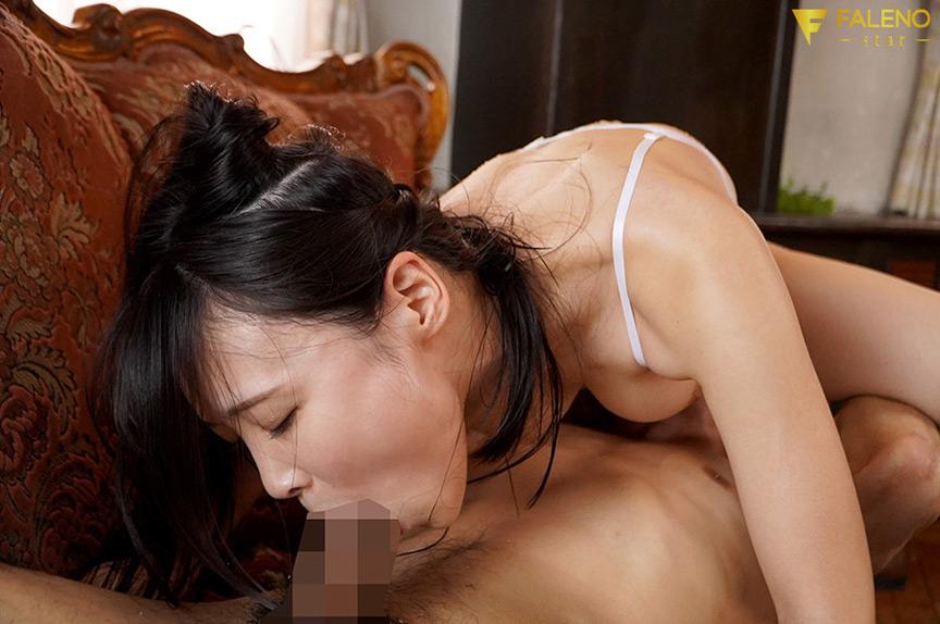 吉岡ひより完全移籍 汗だく汁だくベロチュウ性交3本番 画像 3