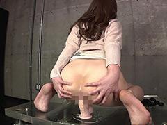 アナル:淫乱人妻の卑猥なディルド騎乗位アナニー2