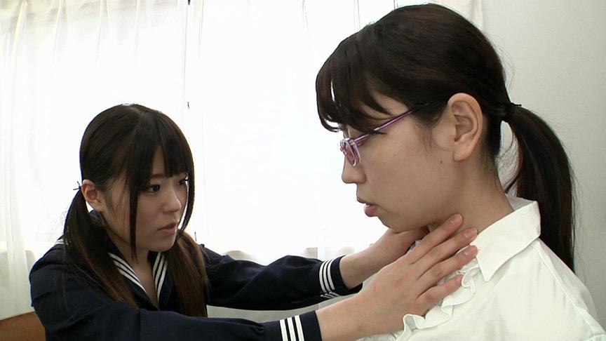 窒息プレイ!生徒が女教師に首絞めのサンプル画像