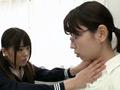 窒息プレイ!生徒が女教師に首絞めのサムネイルエロ画像No.2