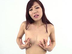 乳首観察 セルフ乳首いじり Cカップ 乙川結衣&乳首観察 水谷杏