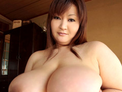 驚異のJカップ!巨乳熟女36歳の交尾 安岡たまき