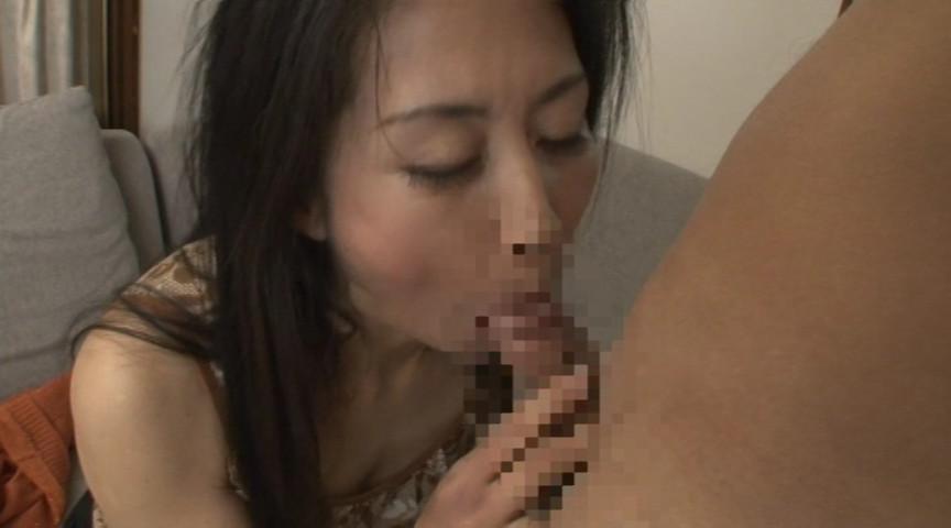痴女催眠で命令されるままにオモチャにされて白目を剥いて失神した人妻 真弓 の画像12