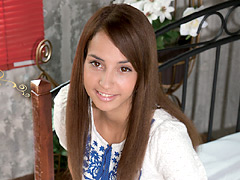 天使の微笑 ラテン美少女 マリア・クララ 18才:外国人