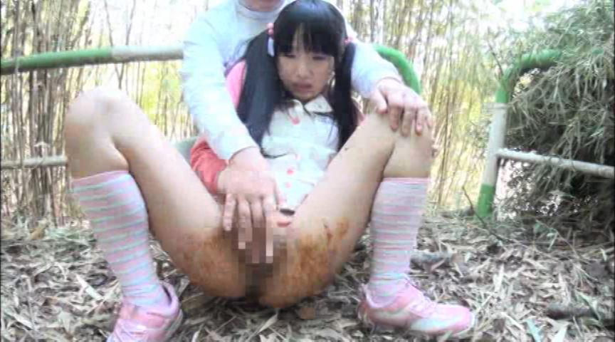 ロリータ達の肛門を犯しそれから脱糞をさせてみました