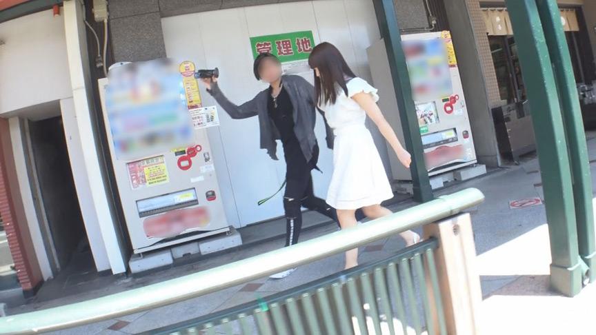 京都祇園で出逢ったお嬢様女子大に通う美少女 画像 1