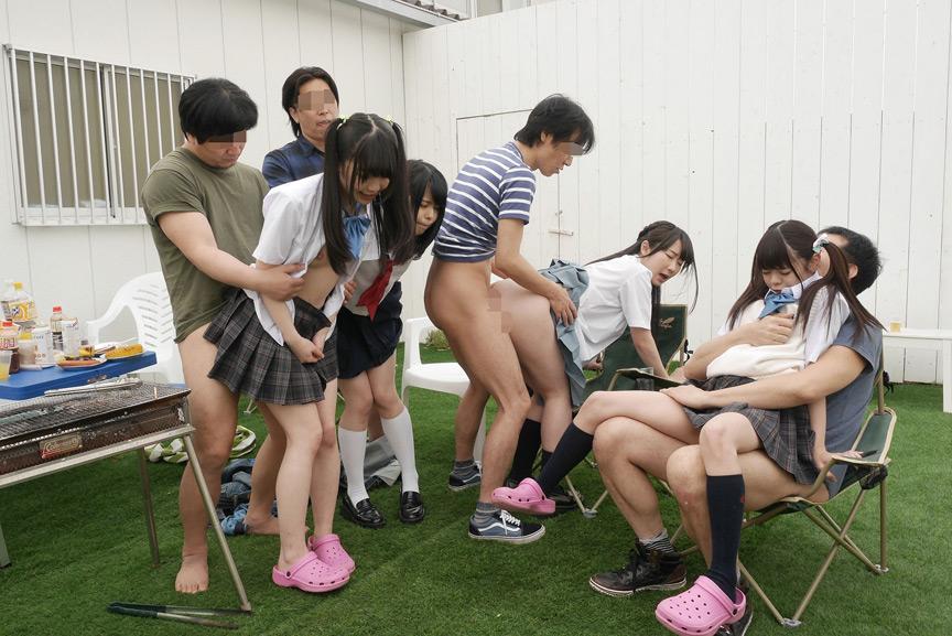 ファーストスター8周年記念作品 性春いっぱい夏休みの少女たちFOREVER 8時間 33人収録 3枚目