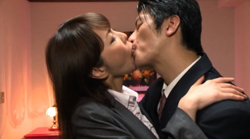 熟女達の世界一濃厚でいやらしい接吻とSEX3 の画像15
