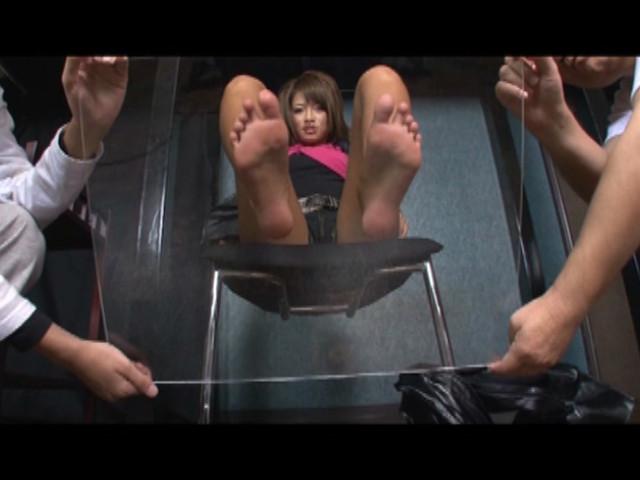 全身から出る分泌物を男に無理矢理舐めさせる黒ギャルRUMIKA の画像9