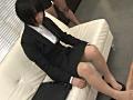 就活中のリクルートスーツの蒸れた脚で-0