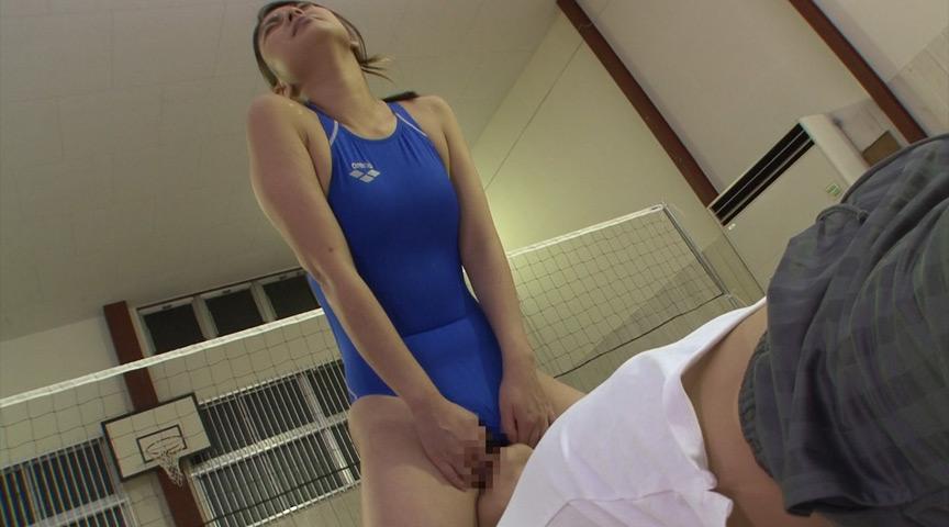 水泳部の美人コーチに何度も射精させられた。