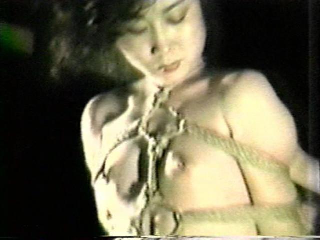 濡木痴夢男緊縛美外伝4 広咲千絵~荒縄網縄拷問縛り の画像8