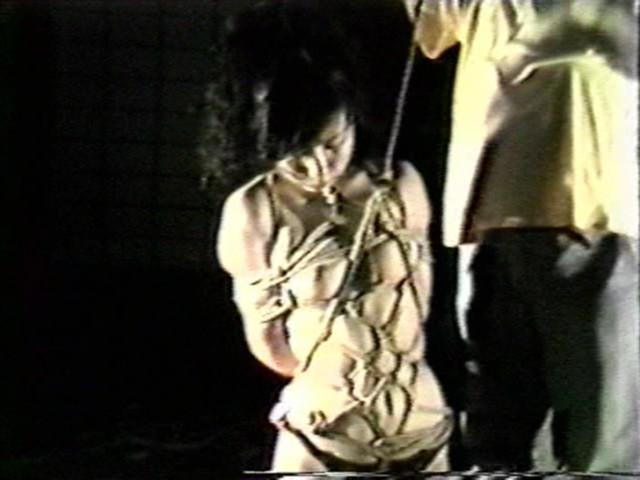 濡木痴夢男緊縛美外伝4 広咲千絵~荒縄網縄拷問縛り の画像2