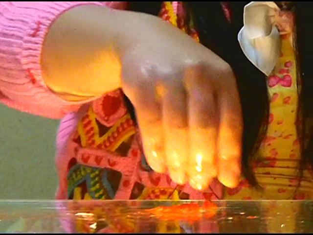 黒髪少女が金魚を素手で握りつぶしナマ足で踏み潰す! 画像 3