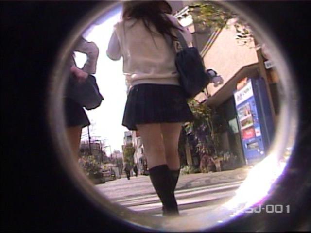 風よ!スカートへ! 女子校生のパンツを狙え! Vol.1 の画像3