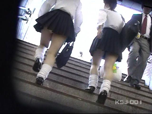 風よ!スカートへ! 女子校生のパンツを狙え! Vol.1 の画像10