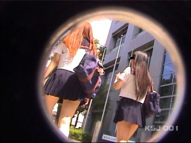 風よ!スカートへ! 女子校生のパンツを狙え! Vol.1 の画像12
