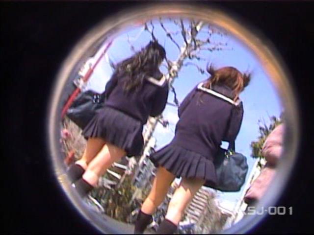 風よ!スカートへ! 女子校生のパンツを狙え! Vol.1 の画像14