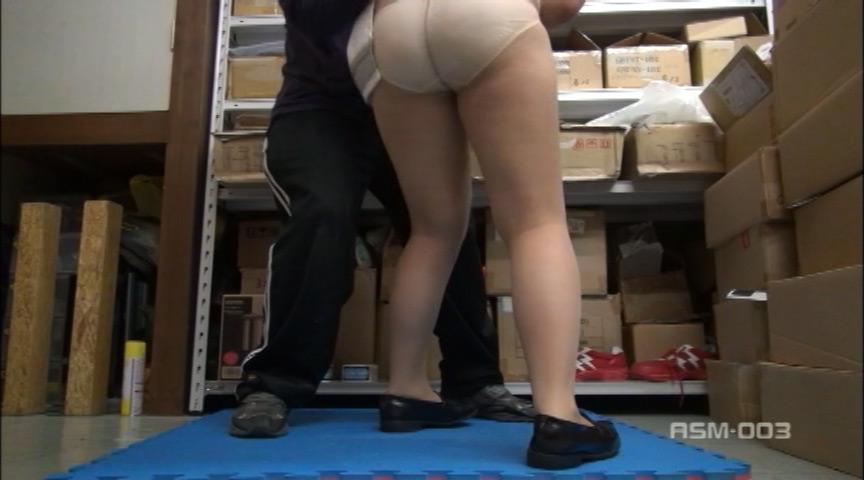 あこがれの制服をスカートめくり! Vol.3 画像 2