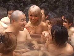 桜りおクンニ動画|ギラツキMAX童貞クン限定温泉バスツアー!!!2