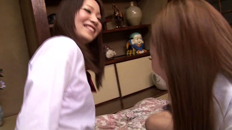 女子校生ギャルカップル 濃厚な体液まみれのレズビアンのサンプル画像