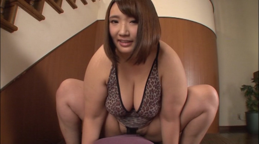 ひっくり返った子宮をチンポみたいにオナニーする貧乳娘www