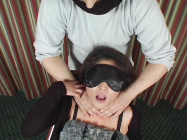 ピクピク痙攣の血管破裂寸前の熟女のサンプル画像