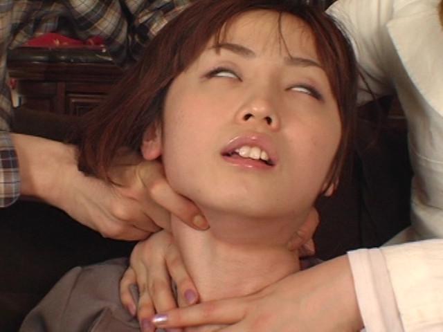 首絞めマニア集団の執拗な絞め手 画像 3