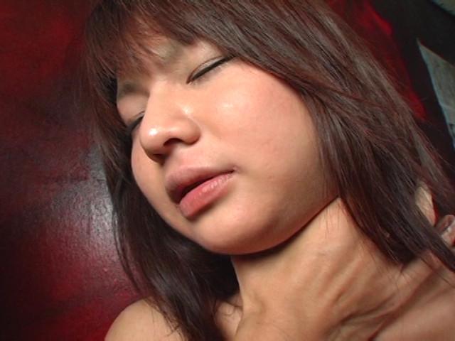 顔は童顔、弄れば淫乱なムチムチ娘のサンプル画像11