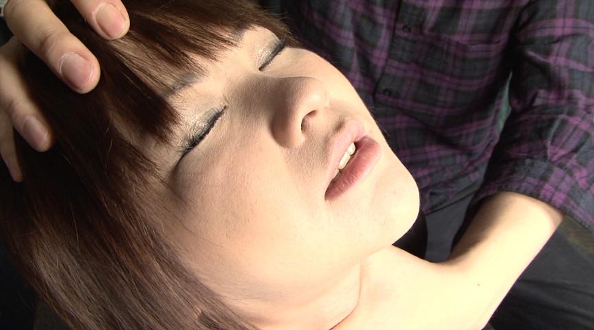 喉頸に窒息と絶脈に嗚咽の舌のサンプル画像