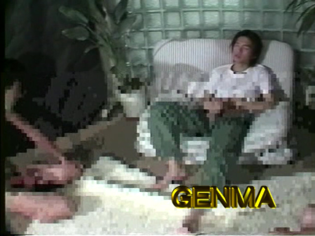 【JK盗撮】ホームセンターに一人でいたロリ系の女子校生を後ろ