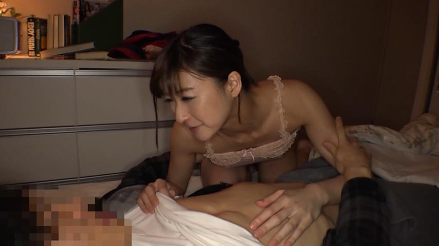 弟を溺愛する姉の異常性交