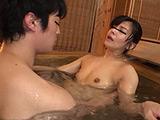 勝手に混浴する男たち鬼畜風呂レ●プ映像4時間